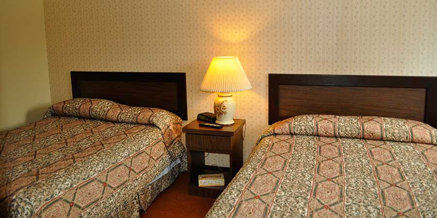motel-room-reservation